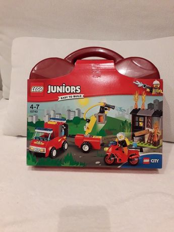 Lego Juniors 10740