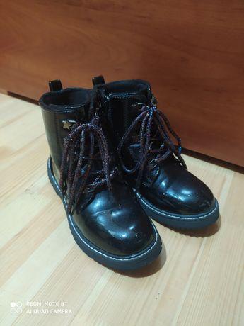Чобітки черевики