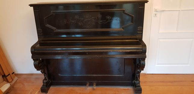 Sprzedam stare pianino
