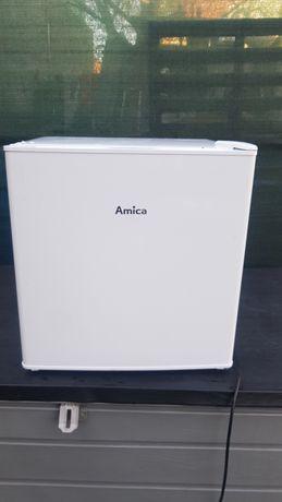 Mała lodówka-Amica