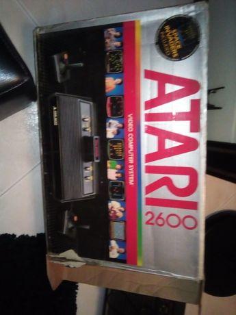 Vende-se consola retro Atari 2600