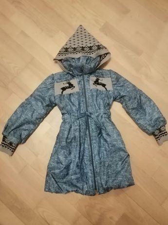 Куртка девочке 5-6 лет состояние новой