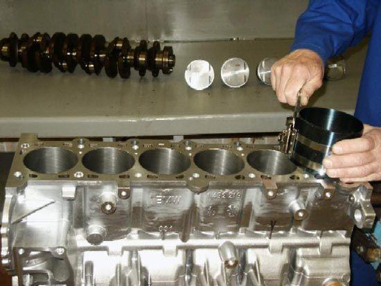 Ремонт двигателя с гарантией от 12 тыс. руб.