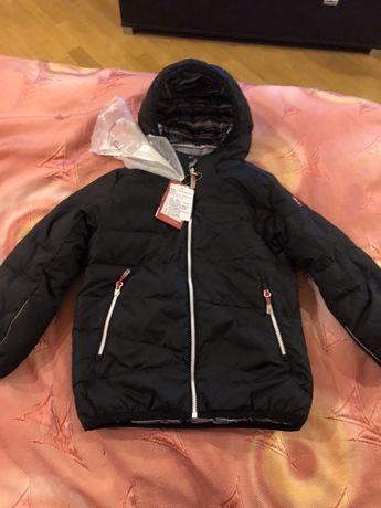 Продам зимнюю новую куртку Reima размер 122,128 110