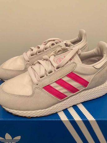Buty damskie Adidas Forest Grove W (EE5847) Rozmiar 36 2/3