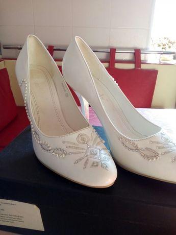 Туфли (со стразами свадебные) срочно