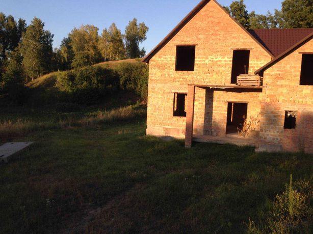 Продається  будинок (коробка) і велика ділянка