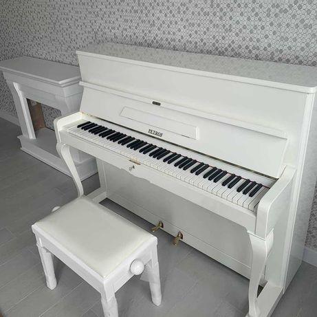 Белое Пианино, фортепиано Petrof