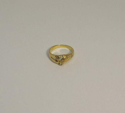 Złoty pierścionek 18ct.::DELTA::.