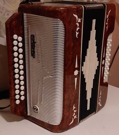 Akordeon harmonia guzikówy