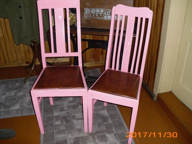Krzesła przedwojenne do renowacji.