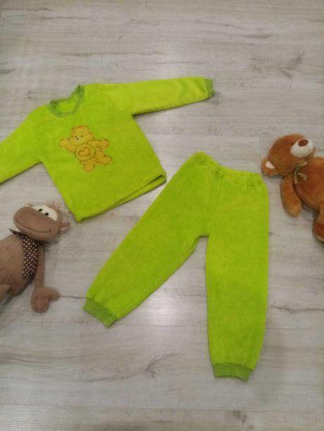 Детская теплая пижама плюшевая на 2-6 лет