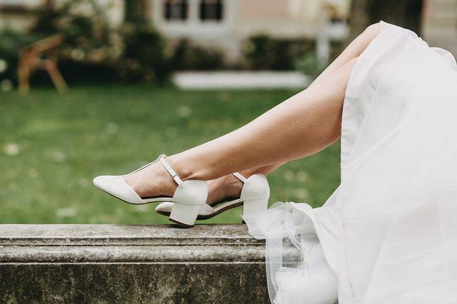 Buty ślubne, czółenka r. 40