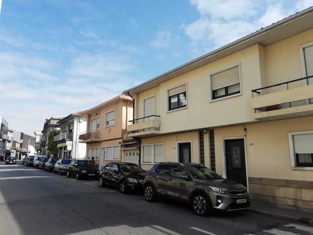 Moradia T3 Carvalhos centro