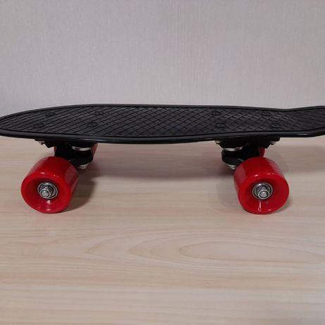 Детский скейт, цвет черный