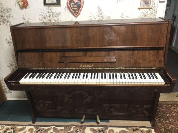 Пианино Petroff