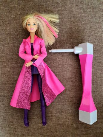 Barbie - lalka agentka + przyrząd do obrotów