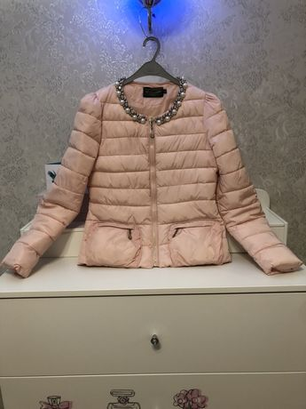 Красивая куртка, весенняя, осенняя, легкая, короткая, персиковая