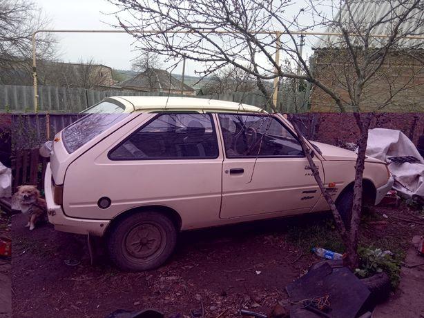 Продам запчастi до автомобiля Таврія розборка