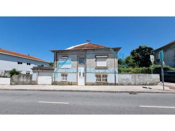 Moradia à venda em Prelada - Monte dos Burgos