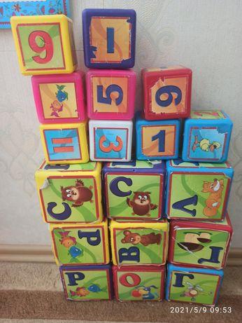 Детские кубики пластик