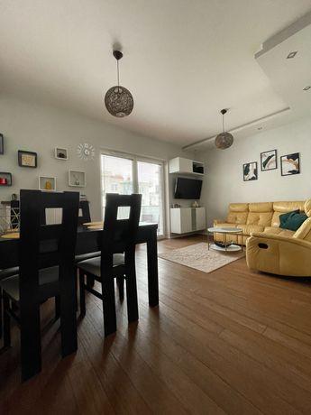 BEZPOŚREDNIO Mieszkanie z garażem i komórką lokatorską 58m 3pokoje