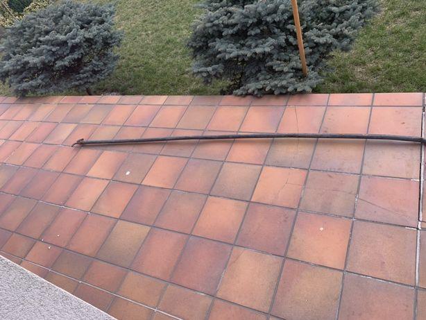 Kij do ściągania dachu naczepy