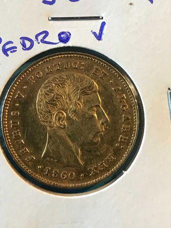 """Vendo moeda de 5.000 Reis em ouro de """"D. Pedro V"""" ano de 1860"""