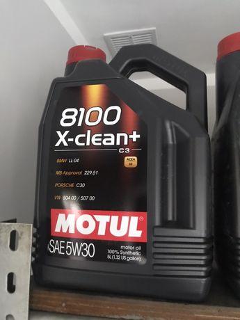 Okej silnikowy Motul X-Clean+ 5w30 C3 5 L
