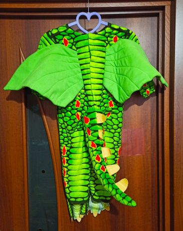 Яркий детский костюм,пижама дракона