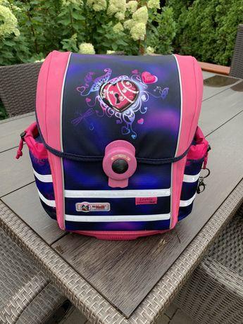Plecak szkolny dziewczecy marki McNeill