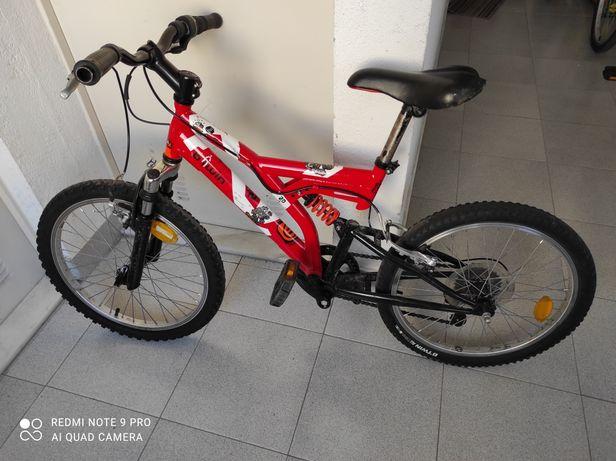 Bicicleta montanha com suspensão de criança