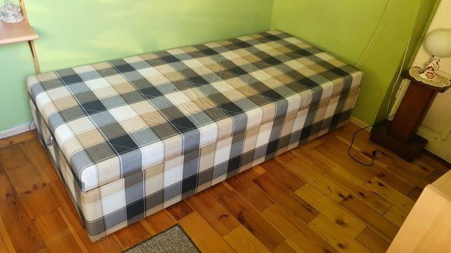 Łóżko podnoszone z komorą na posciel