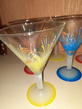 Бокалы под мартини