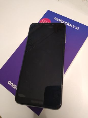 Motorola One 4/64gb