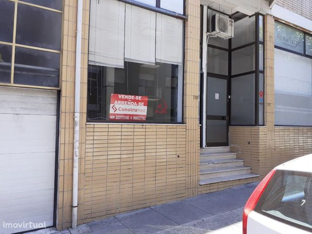 Loja Ermesinde Rua Almeida Garrett, n.º 165 - R/C, Ermesi...