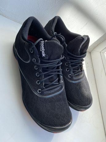 Продам жіночі кросівки reebok easytone