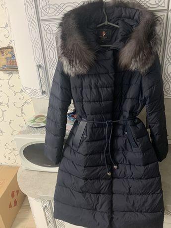 Продам зимний, теплый пуховик, мех чернобурки