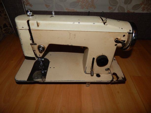 Maszyna do szycia tur2 z instrukcją obsługi SPRAWNA