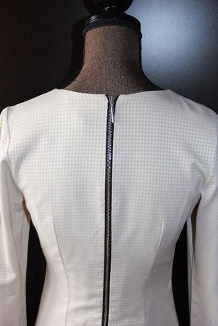 Sukienka SIMPLE beżowa zamek kieszenie biała 34 xs 36 S długi rękaw