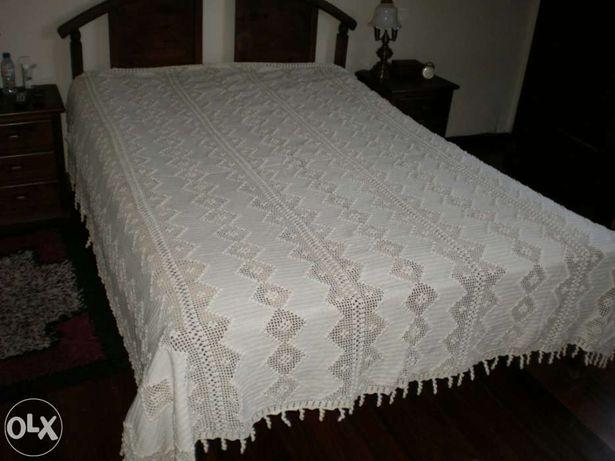 Colcha em crochet feita à mão