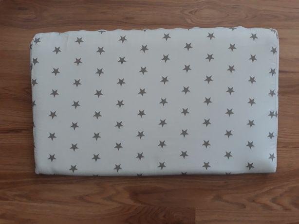 Poduszka dla niemowląt - klin