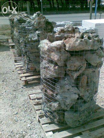 Pedra furada decorativa jardins