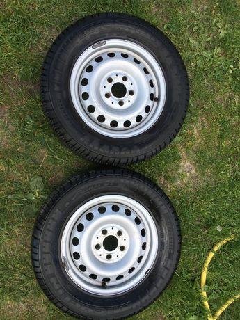 Шини літні. Michelin Agilis 51 215/65 R15 104T