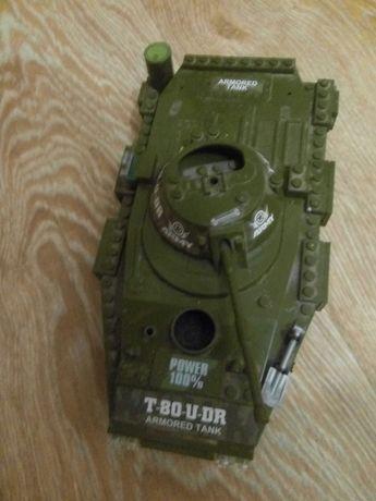 Продам военный Лего танк