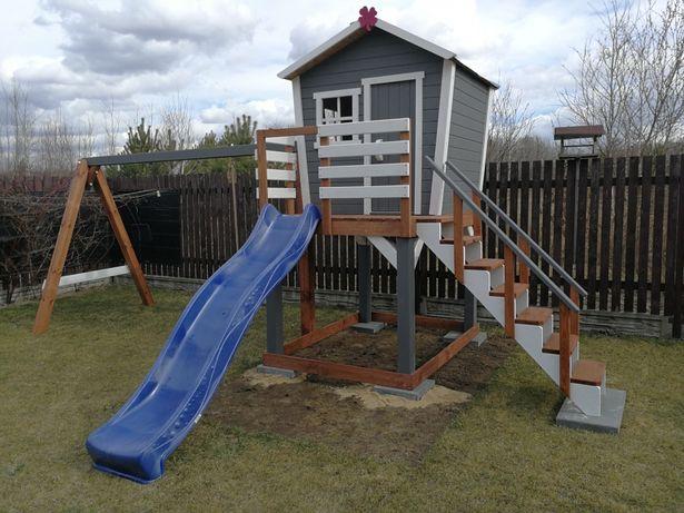 Domek dla dzieci, plac zabaw, huśtawka, meble ogrodowe, wspinaczka.