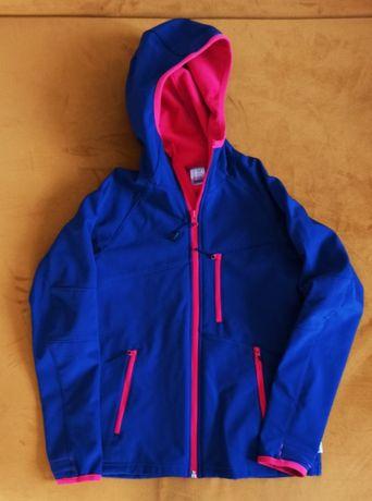 Sprzedam kurtkę 133-142