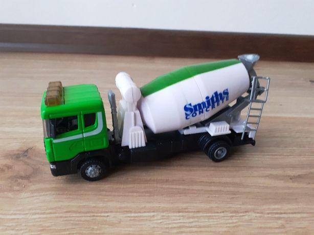 "pojazdy zabawka - betoniarka ""gruszka"" Scania"