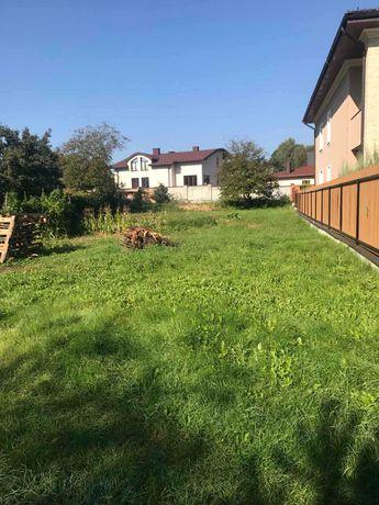 Продаж земельної ділянки в Брюховичах