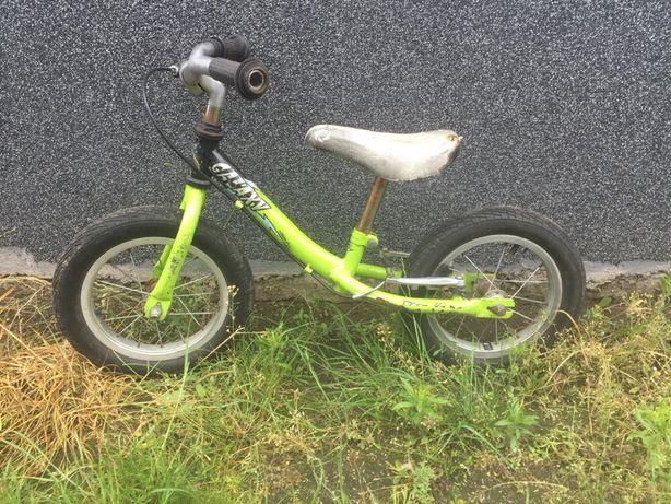 Rowerek biegowy 12